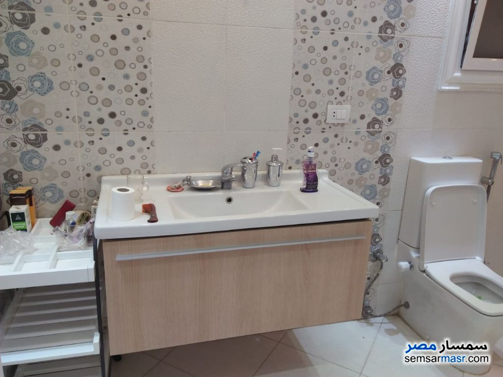 Photo 4 - Apartment 3 bedrooms 2 baths 200 sqm extra super lux For Rent Dokki Giza