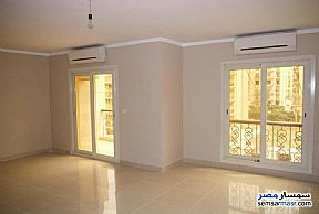 Ad Photo: Apartment 4 bedrooms 2 baths 300 sqm super lux in Heliopolis  Cairo