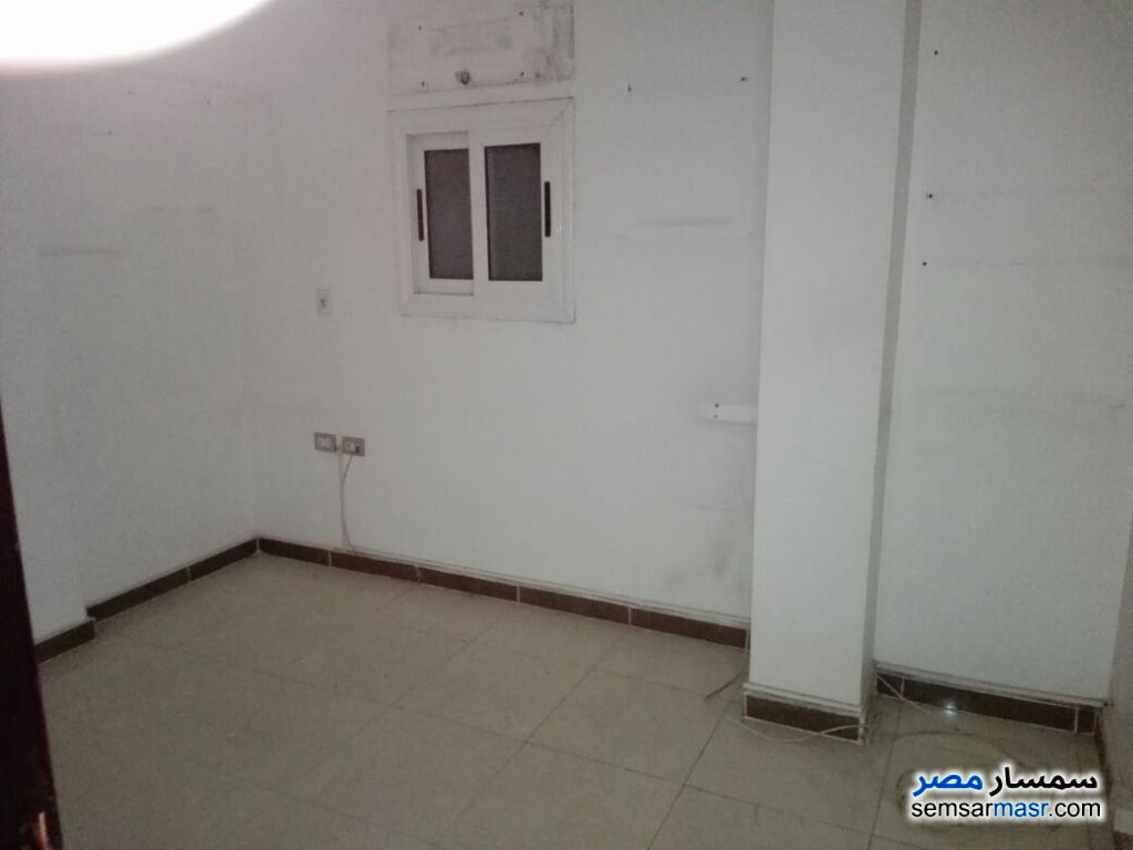 Photo 3 - Apartment 4 bedrooms 2 baths 240 sqm extra super lux For Rent New Nozha Cairo