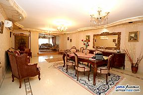 Ad Photo: Apartment 5 bedrooms 3 baths 380 sqm super lux in Raml Station  Alexandira