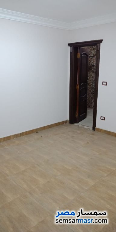 Photo 16 - Apartment 3 bedrooms 3 baths 200 sqm super lux For Rent Dokki Giza