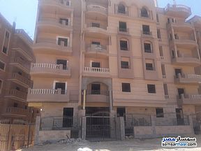 Ad Photo: Apartment 3 bedrooms 2 baths 144 sqm semi finished in Al Bashayer District  6th of October