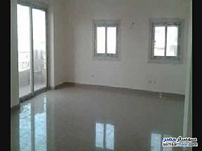 Apartment 2 bedrooms 1 bath 155 sqm super lux For Rent Mohandessin Giza - 2