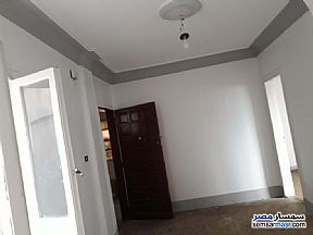 Ad Photo: Apartment 4 bedrooms 1 bath 140 sqm super lux in Dokki  Giza