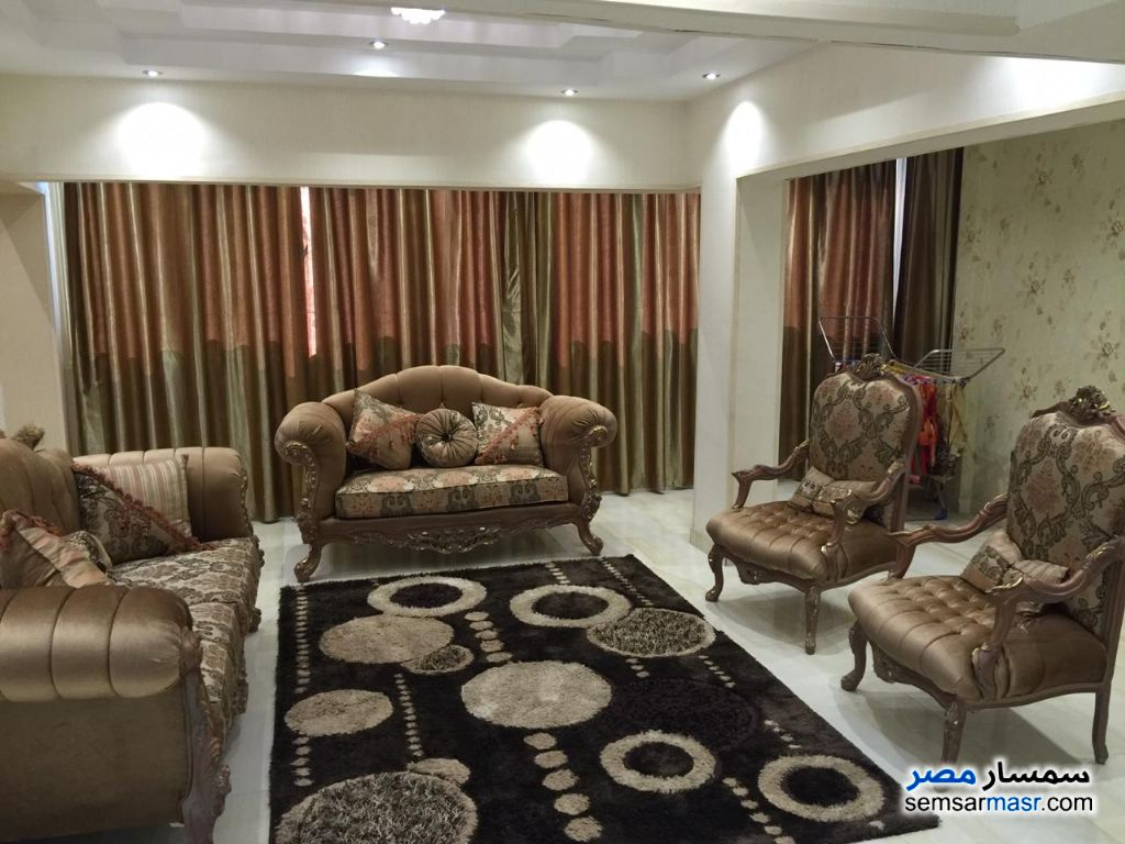 Photo 10 - Apartment 3 bedrooms 2 baths 180 sqm super lux For Rent Mohandessin Giza