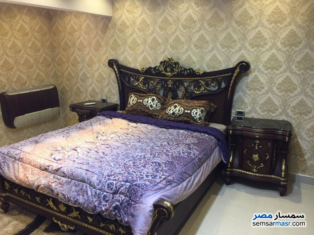 Photo 15 - Apartment 3 bedrooms 2 baths 180 sqm super lux For Rent Mohandessin Giza