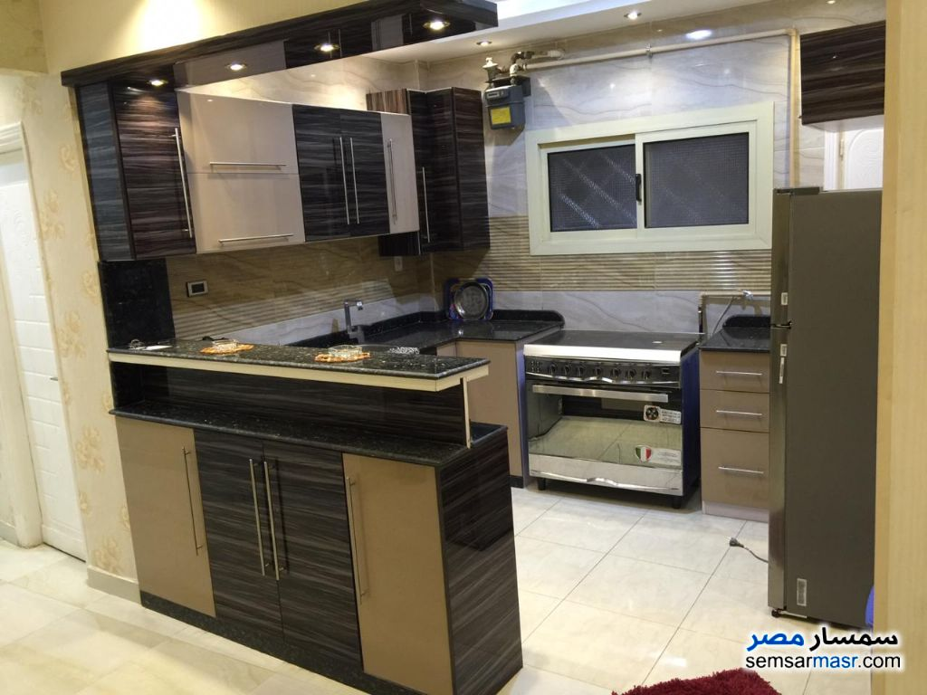 Photo 5 - Apartment 3 bedrooms 2 baths 180 sqm super lux For Rent Mohandessin Giza