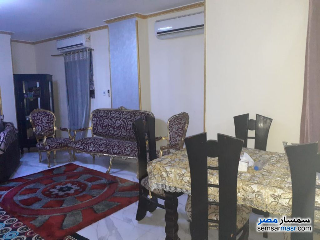 Photo 9 - Apartment 2 bedrooms 1 bath 140 sqm super lux For Rent Mohandessin Giza