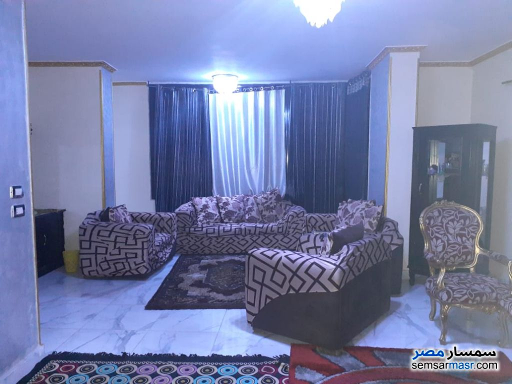 Photo 10 - Apartment 2 bedrooms 1 bath 140 sqm super lux For Rent Mohandessin Giza