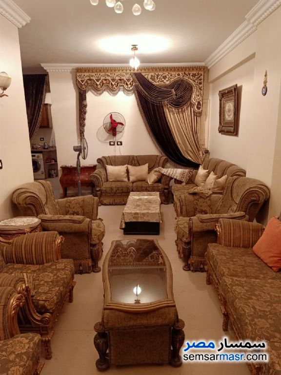 Ad Photo: Apartment 2 bedrooms 1 bath 85 sqm super lux in Kafr Al Dawwar  Buhayrah