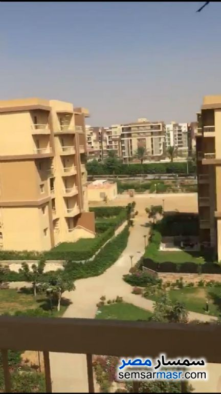 Ad Photo: Apartment 3 bedrooms 3 baths 135 sqm extra super lux in Ashgar City  6th of October