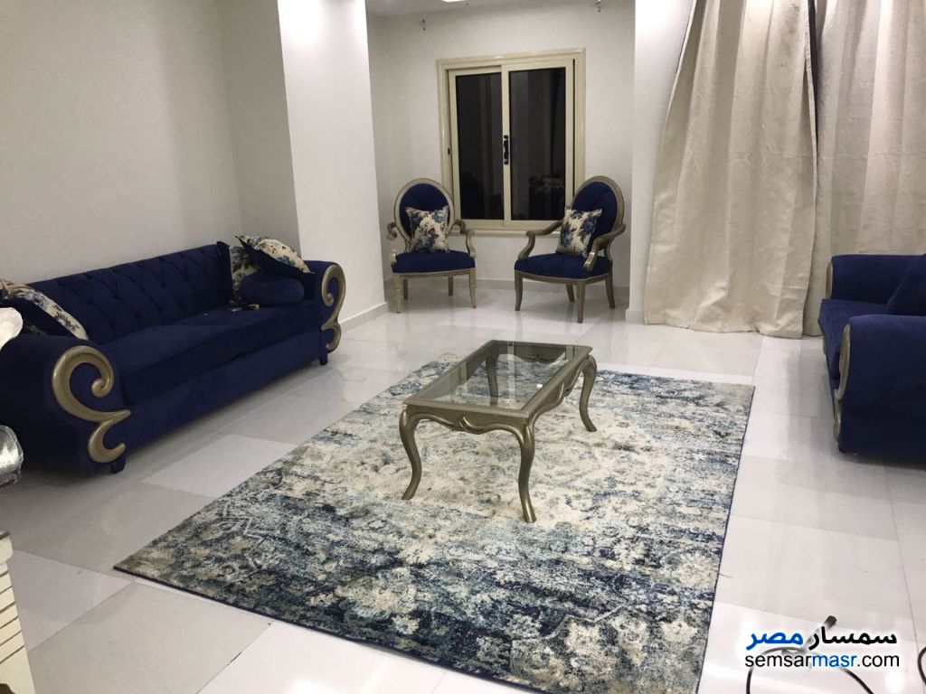 Photo 6 - Apartment 3 bedrooms 1 bath 200 sqm super lux For Rent Mohandessin Giza