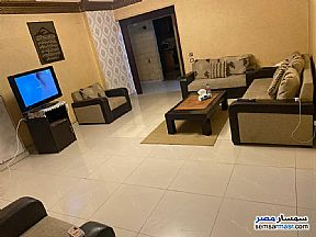 Ad Photo: Apartment 2 bedrooms 2 baths 120 sqm super lux in Mohandessin  Giza