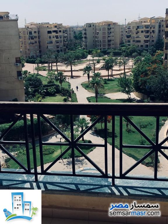 Ad Photo: Apartment 3 bedrooms 2 baths 212 sqm extra super lux in Ashgar City  6th of October