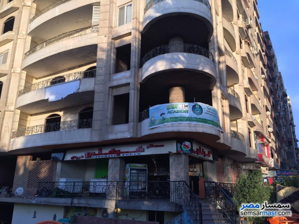 Photo 1 - Apartment 6 bedrooms 4 baths 450 sqm semi finished For Sale Hadayek Helwan Cairo