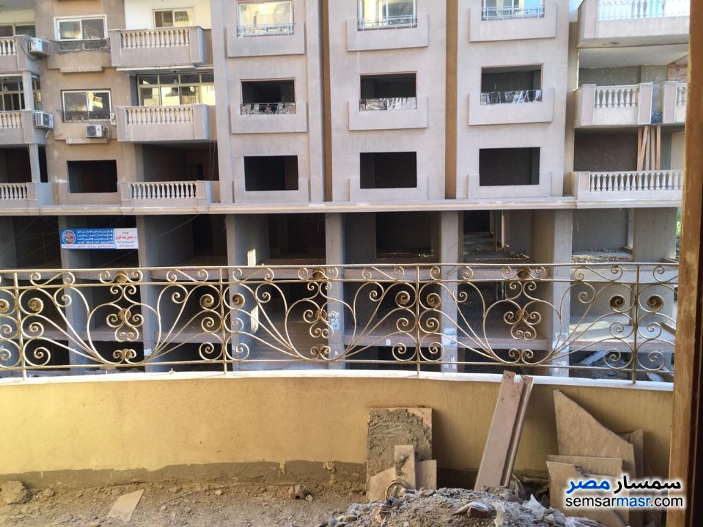 Photo 4 - Apartment 6 bedrooms 4 baths 450 sqm semi finished For Sale Hadayek Helwan Cairo