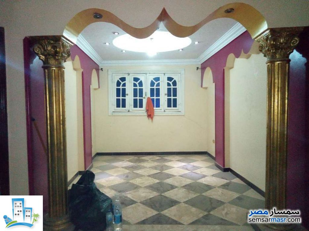 Ad Photo: Apartment 2 bedrooms 1 bath 80 sqm extra super lux in Egypt