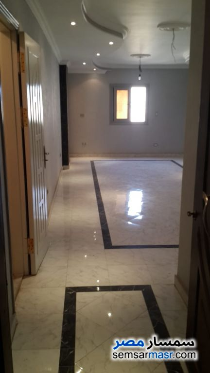 Photo 2 - Apartment 3 bedrooms 2 baths 150 sqm extra super lux For Sale Hadayek Al Ahram Giza