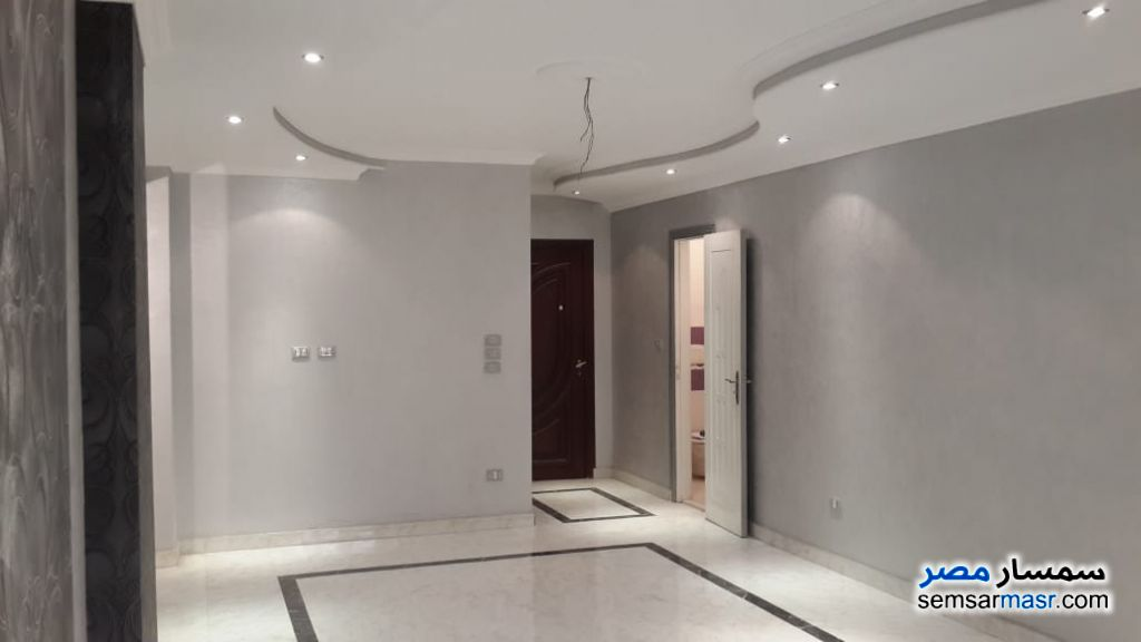 Photo 5 - Apartment 3 bedrooms 2 baths 150 sqm extra super lux For Sale Hadayek Al Ahram Giza