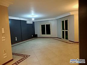 Ad Photo: Apartment 3 bedrooms 2 baths 170 sqm extra super lux in Sheraton  Cairo