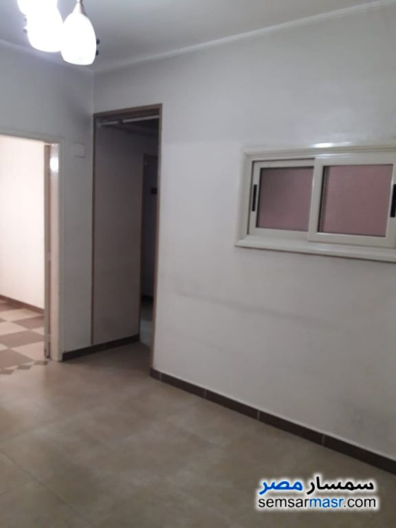 Ad Photo: Apartment 2 bedrooms 1 bath 115 sqm extra super lux in Al Manial  Cairo