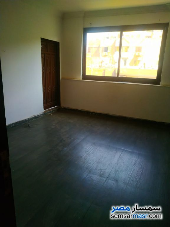 Photo 3 - Apartment 4 bedrooms 2 baths 180 sqm super lux For Rent Mohandessin Giza