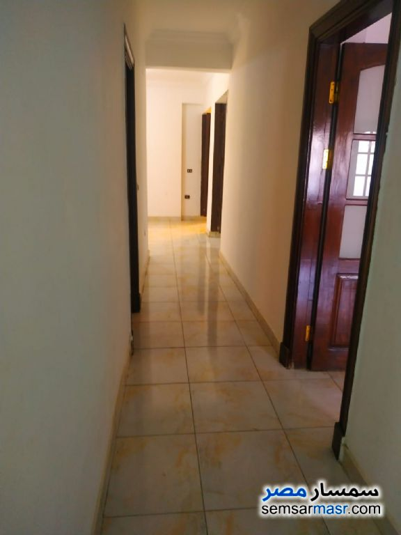 Photo 6 - Apartment 4 bedrooms 2 baths 180 sqm super lux For Rent Mohandessin Giza