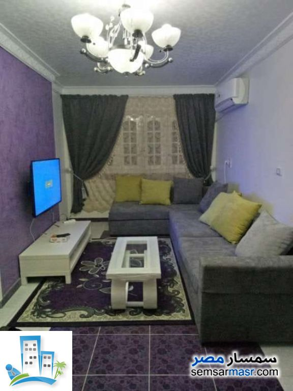 Ad Photo: Apartment 3 bedrooms 1 bath 140 sqm in Faisal  Giza