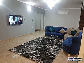 Ad Photo: Apartment 2 bedrooms 2 baths 127 sqm extra super lux in El Motamayez District  6th of October