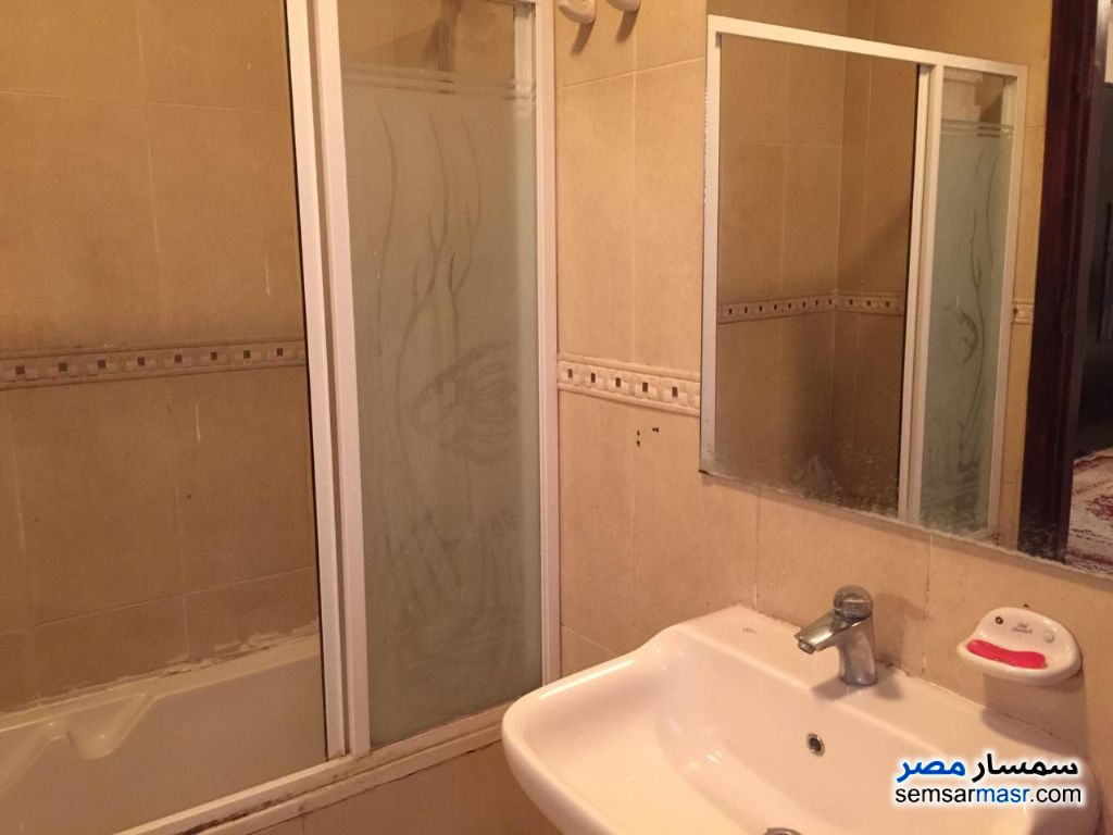 Photo 10 - Apartment 3 bedrooms 3 baths 200 sqm extra super lux For Rent Fifth Settlement Cairo