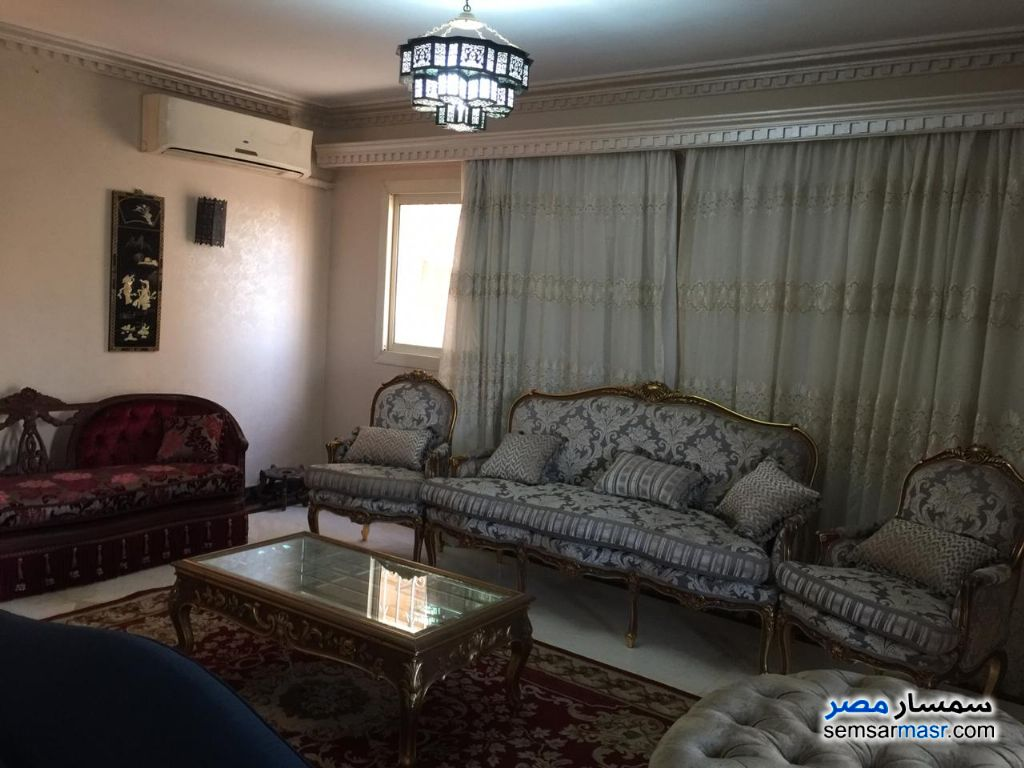 Photo 3 - Apartment 3 bedrooms 3 baths 200 sqm extra super lux For Rent Fifth Settlement Cairo