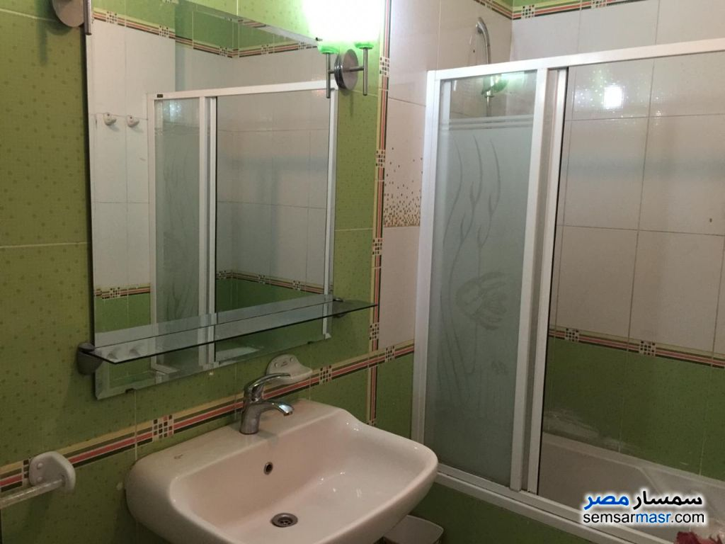 Photo 7 - Apartment 3 bedrooms 3 baths 200 sqm extra super lux For Rent Fifth Settlement Cairo