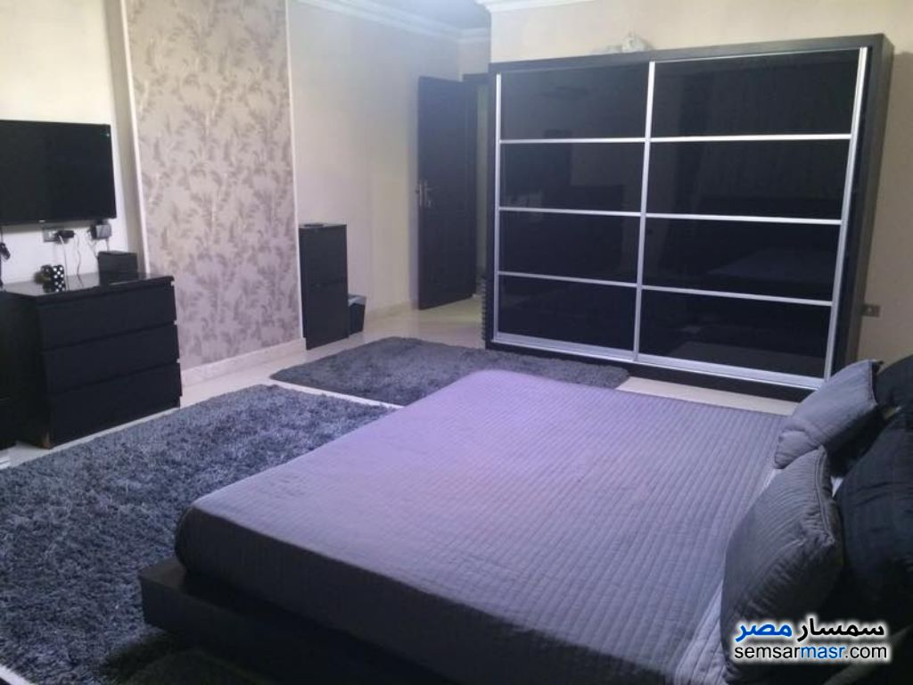 Photo 2 - Apartment 3 bedrooms 3 baths 220 sqm extra super lux For Rent Dokki Giza
