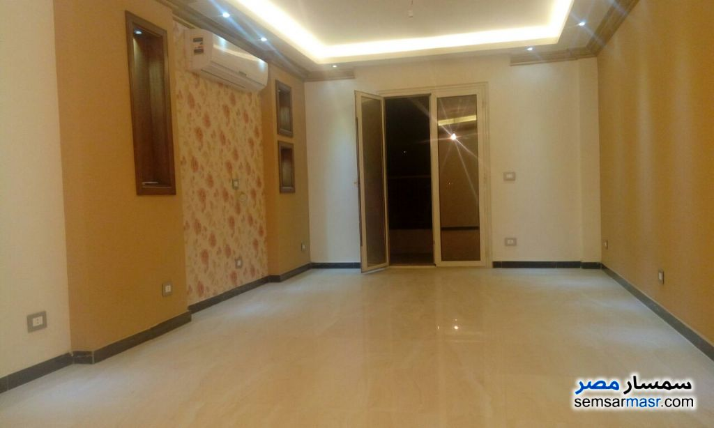 Photo 1 - 2 bedrooms 2 baths 130 sqm super lux For Rent Sheraton Cairo
