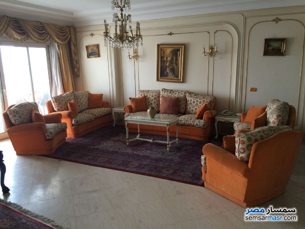 Photo 1 - Apartment 3 bedrooms 2 baths 350 sqm For Rent Mohandessin Giza
