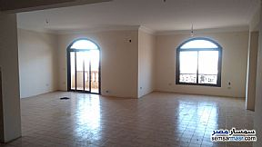 Ad Photo: Apartment 3 bedrooms 2 baths 180 sqm super lux in Fifth Settlement  Cairo