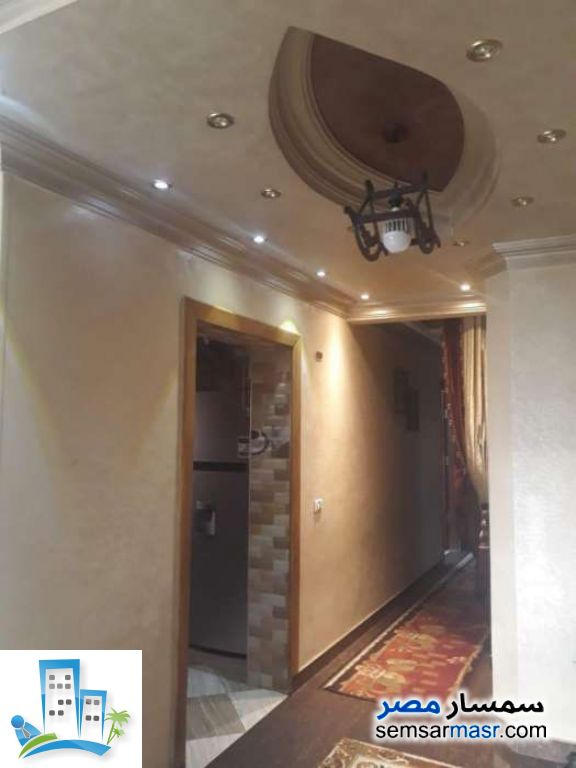 Ad Photo: Apartment 3 bedrooms 2 baths 210 sqm extra super lux in Haram  Giza