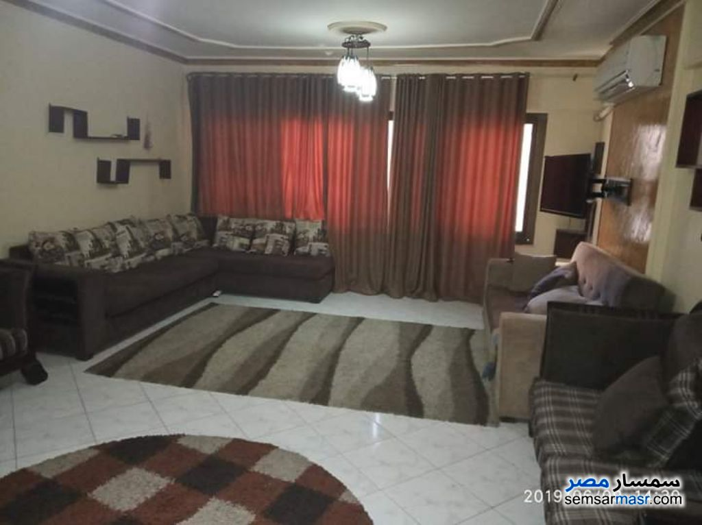 Photo 1 - Apartment 3 bedrooms 1 bath 150 sqm super lux For Rent Nasr City Cairo