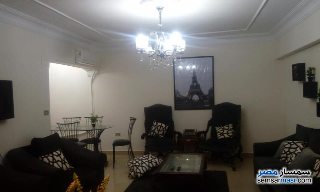 Photo 1 - Apartment 2 bedrooms 1 bath 110 sqm extra super lux For Rent Sheraton Cairo