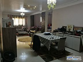 Ad Photo: Apartment 3 bedrooms 2 baths 175 sqm extra super lux in Haram  Giza