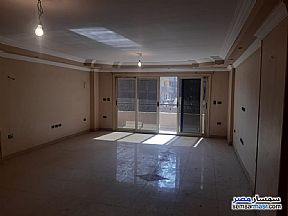 Ad Photo: Apartment 3 bedrooms 2 baths 200 sqm extra super lux in Haram  Giza