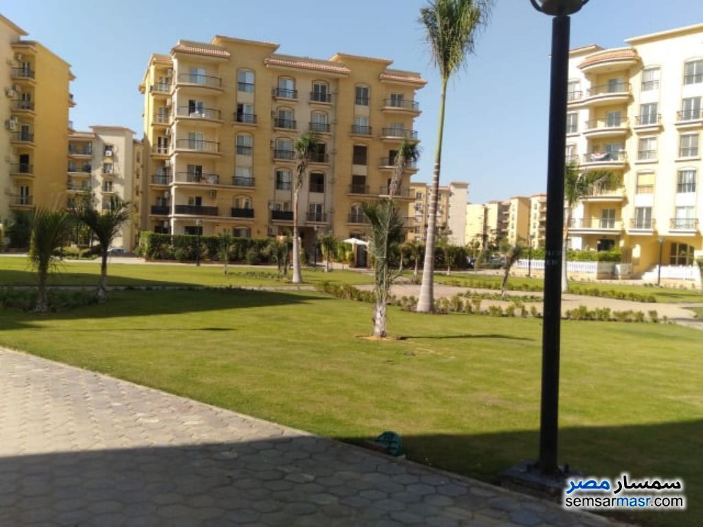Ad Photo: Apartment 4 bedrooms 4 baths 262 sqm lux in Rehab City  Cairo