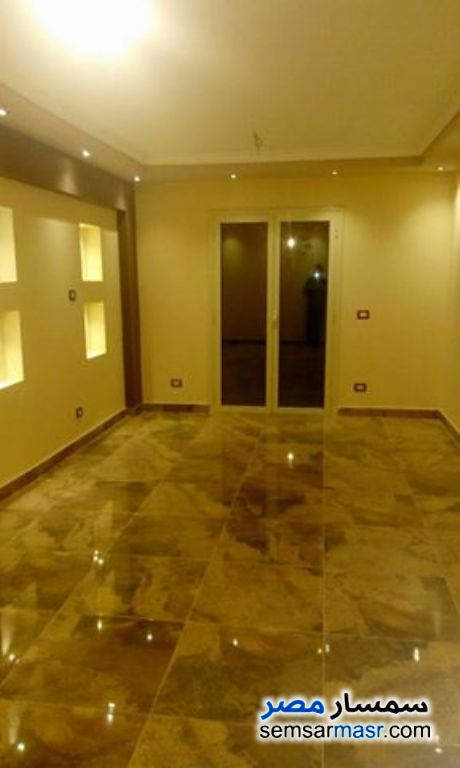 Photo 2 - 3 bedrooms 2 baths 160 sqm super lux For Rent Sheraton Cairo