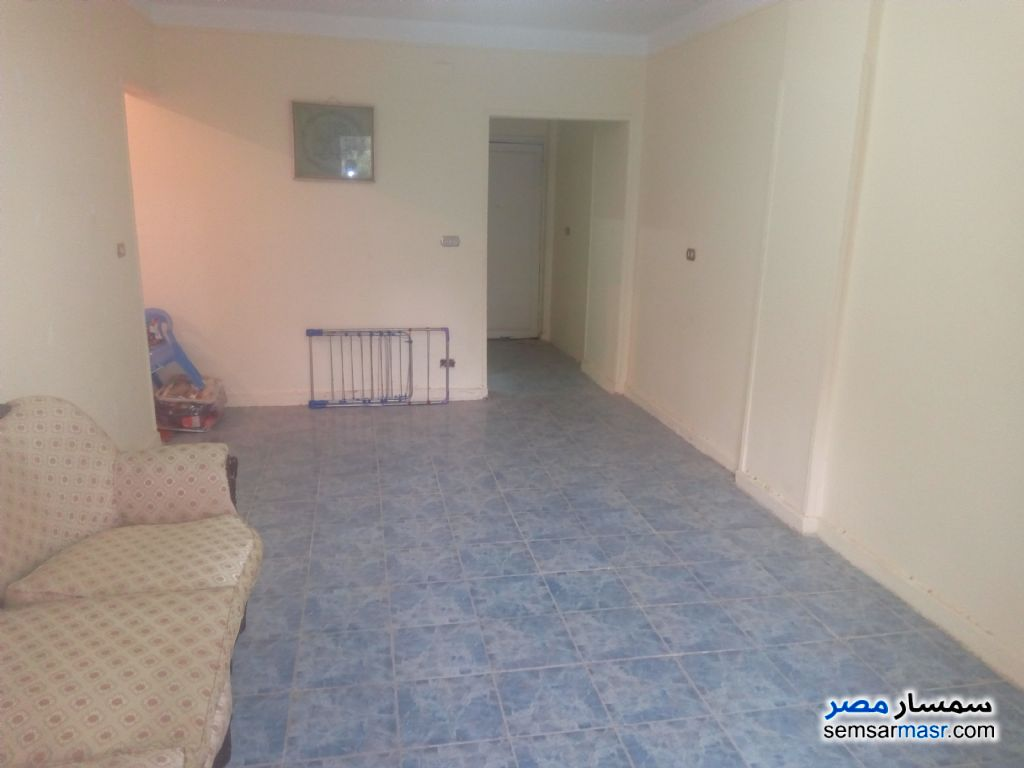 Photo 2 - Apartment 3 bedrooms 1 bath 120 sqm lux For Sale Nasr City Cairo