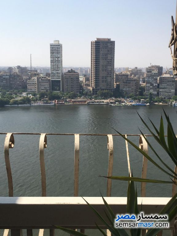 Photo 1 - Apartment 3 bedrooms 3 baths 240 sqm extra super lux For Sale Al Manial Cairo