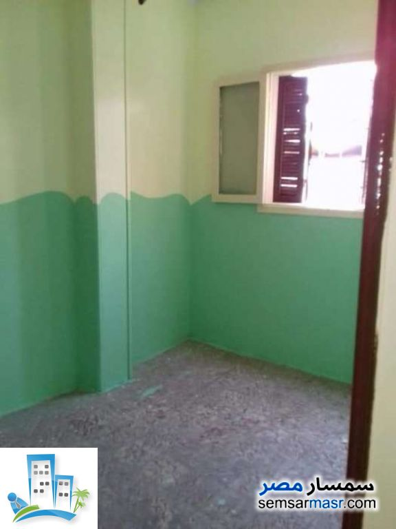 Ad Photo: Apartment 3 bedrooms 1 bath 75 sqm lux in Zawya El Hamraa  Cairo