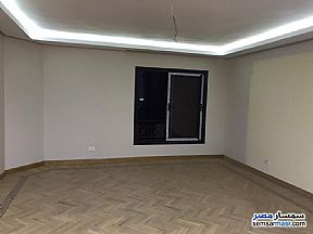 Ad Photo: Apartment 3 bedrooms 2 baths 235 sqm extra super lux in El Motamayez District  6th of October