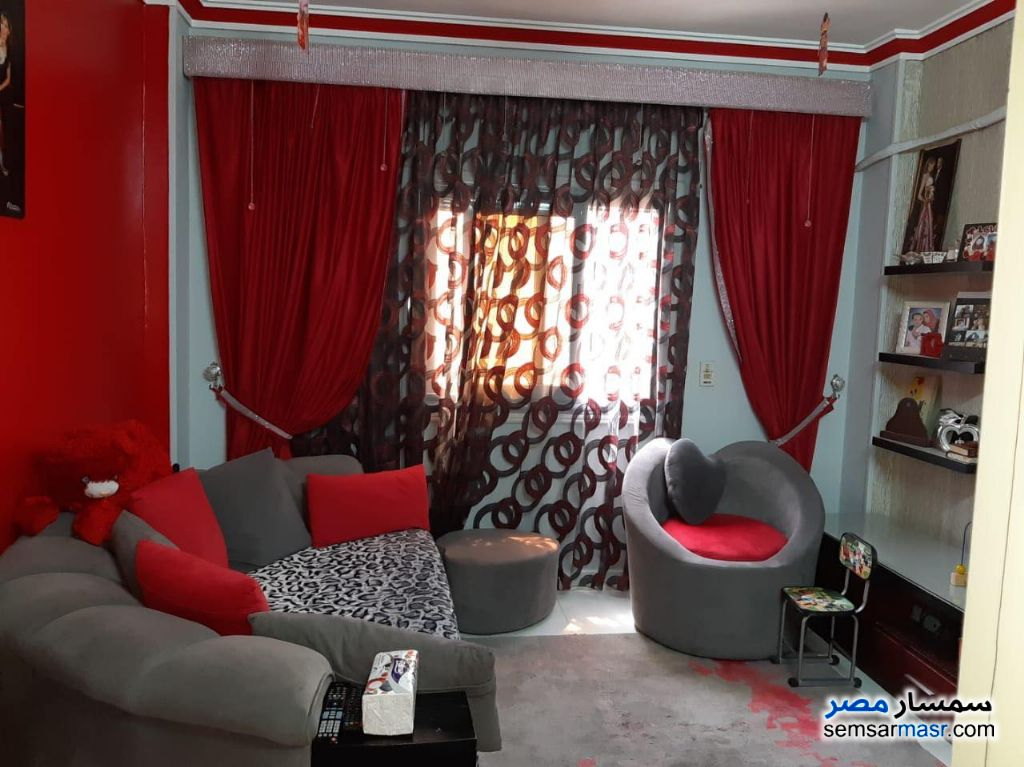 Ad Photo: Apartment 2 bedrooms 1 bath 100 sqm extra super lux in El Ubour City  Qalyubiyah