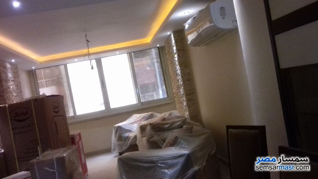 Photo 1 - Apartment 3 bedrooms 2 baths 140 sqm extra super lux For Sale Haram Giza