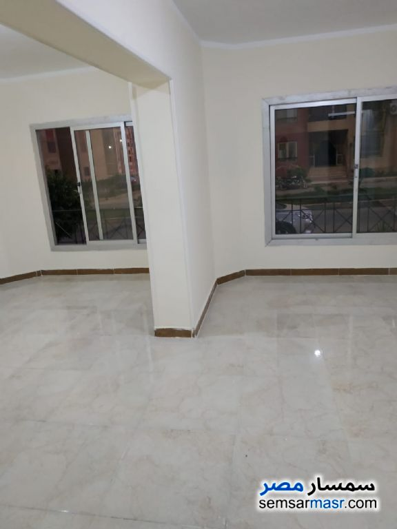 Ad Photo: Apartment 2 bedrooms 1 bath 96 sqm extra super lux in Al Fardous City  6th of October